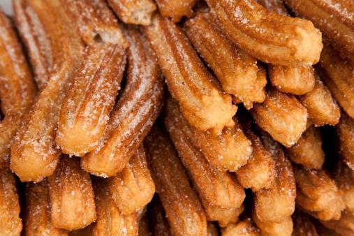 Churros fritti con lo zucchero