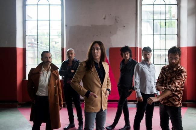Afterhours: la band festeggia trent'anni con Foto di pura gioia