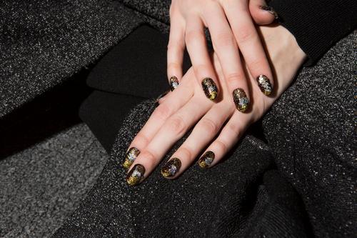 Nail art galassia