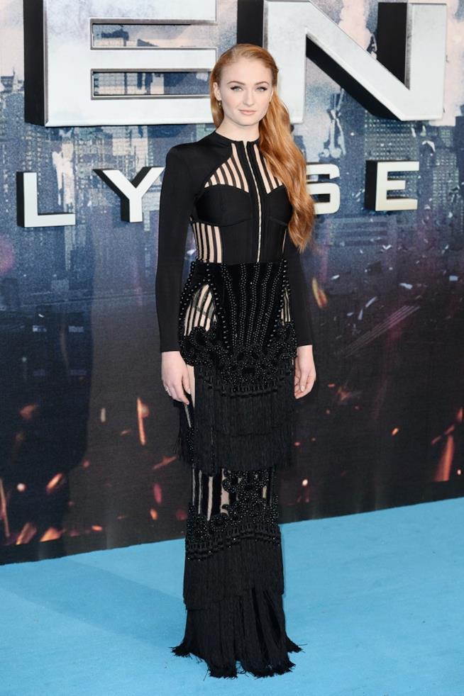 Sophie Turner alla prima di X-Men: Apocalypse
