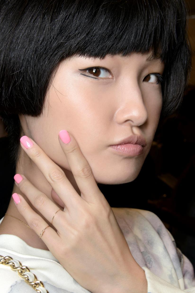 Unghie colore rosa blush