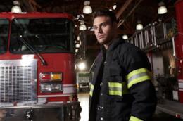 911, Stagione 2: Ryan Guzman è Eddie Diaz, ecco la photogallery