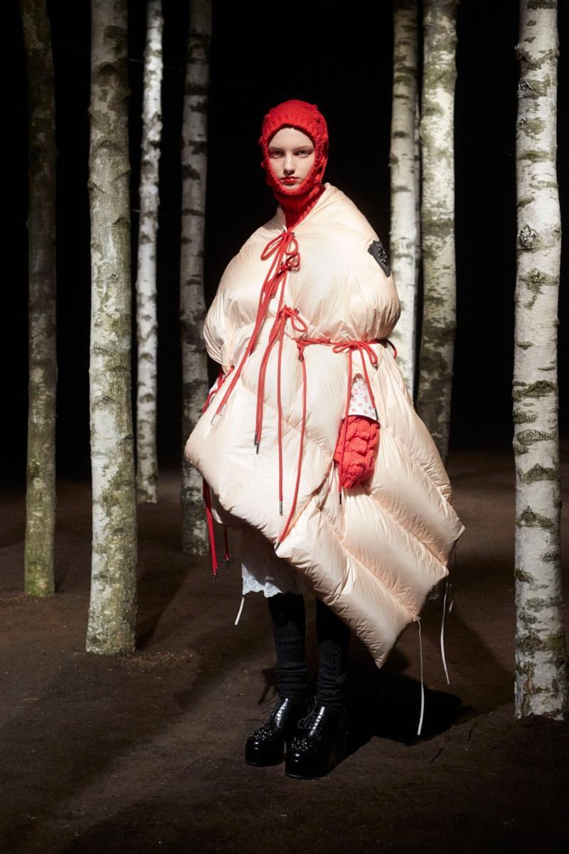 Sfilata MONCLER Collezione Donna Autunno Inverno 19/20 Milano - 94