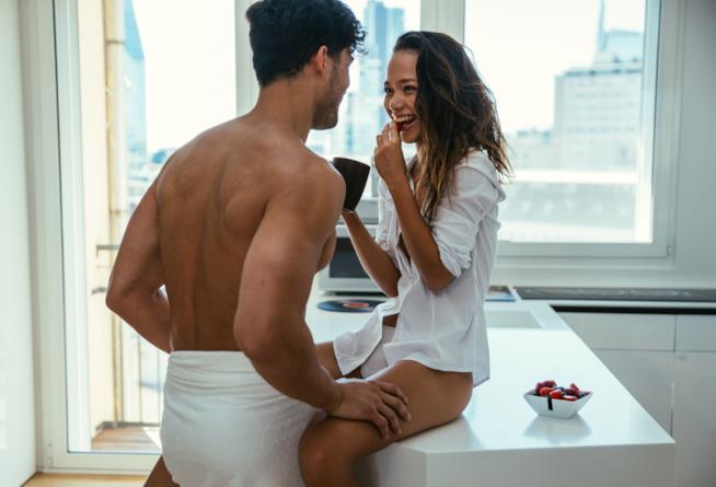 Perché fare l'amore fa dimagrire