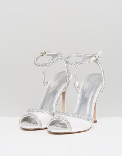 Sandali da sposa decorati con tacco