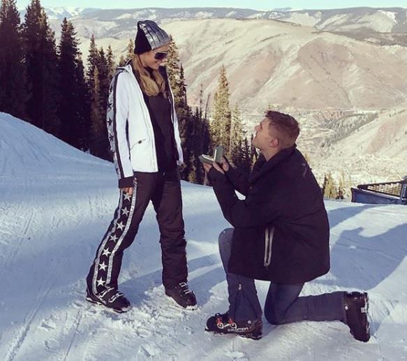 Matrimonio Paris Hilton Chris Zylka
