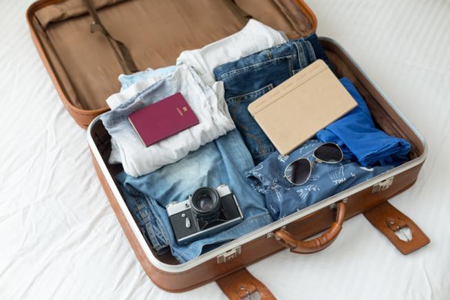 Come preparare le valigie per affrontare un viaggio da sole