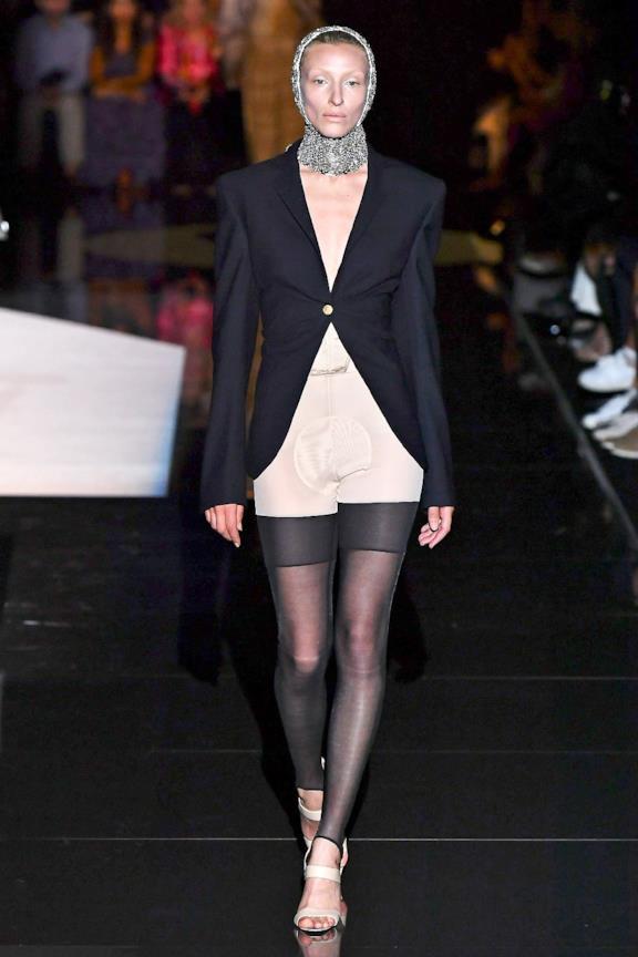 Sfilata SCHIAPARELLI Collezione Alta moda Autunno Inverno 19/20 Parigi - CSC_0035