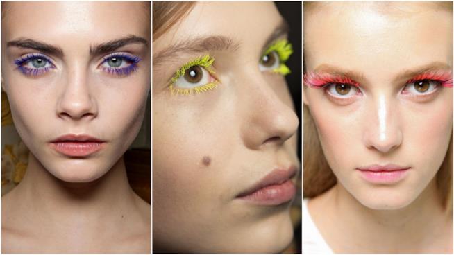 Trucco occhi con mascara colorato
