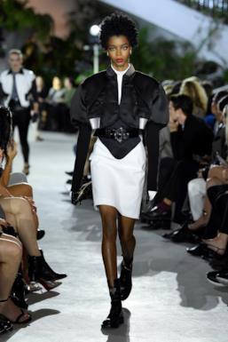 Sfilata LOUIS VUITTON Collezione Donna Primavera Estate 2020 New York - Vuitton Resort PO RS20 0015