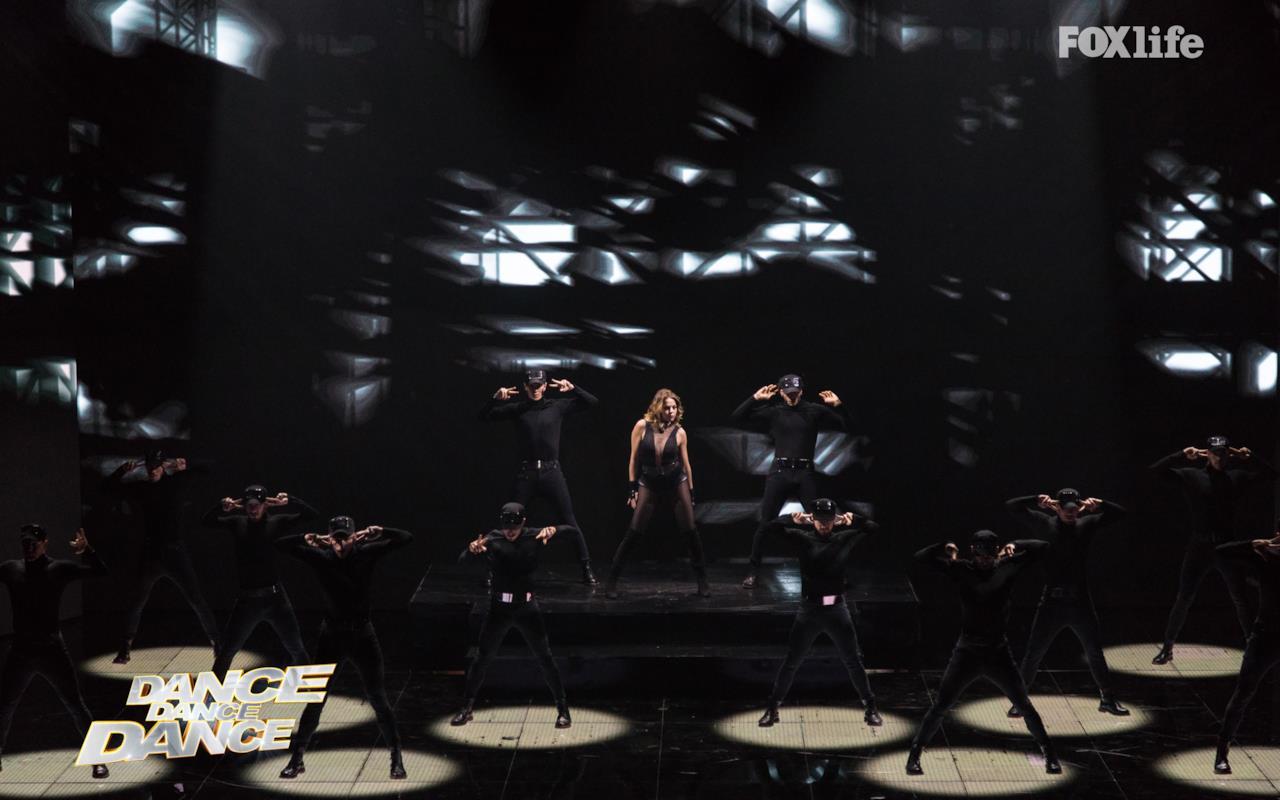 Claudia Gerini a Dance Dance Dance