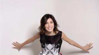 La cantante Bianca Atzei manda via social messaggi d'amore al fidanzato Max Biaggi