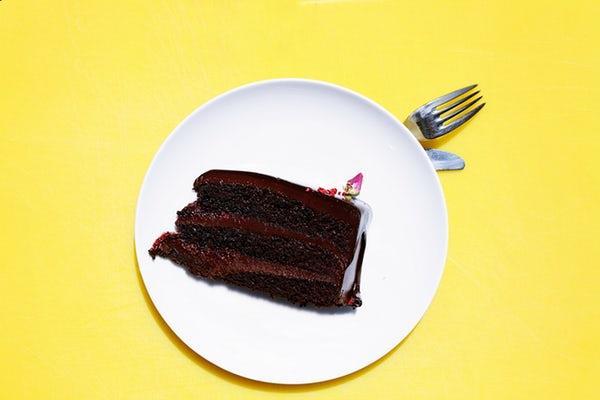 Fetta di torta con cioccolato