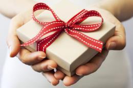 Idee regalo: come scegliere il dono perfetto