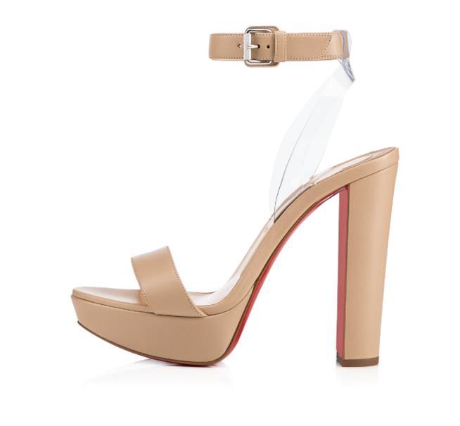 Il modello Cherry dei nuovi sandali Louboutin