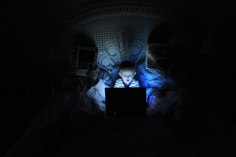 Il sonno risente dell'esposizioni ai monitor dei computer