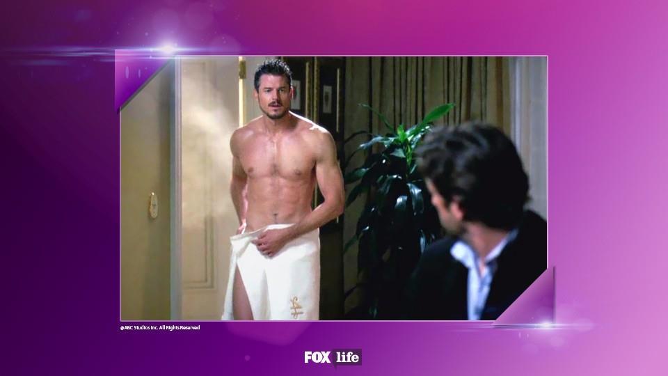 Mark sapeva come uscire dalla doccia, ed entrare in scena.