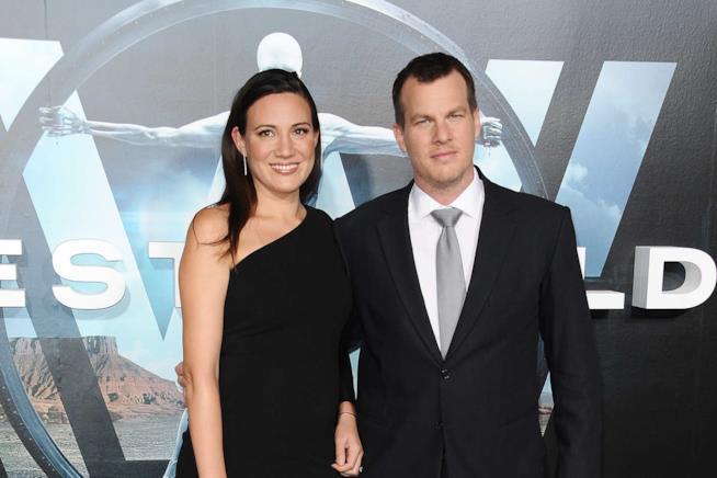 Jonathan Nolan e Lisa Joy