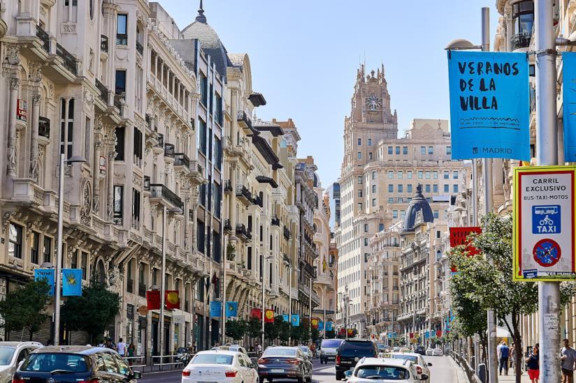 Uno dei cuori commerciali di Madrid: la Gran Via