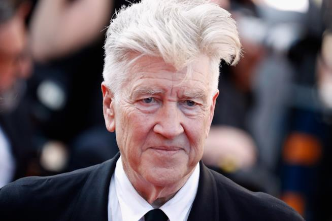 David Lynch mezzo sorridente in primo piano