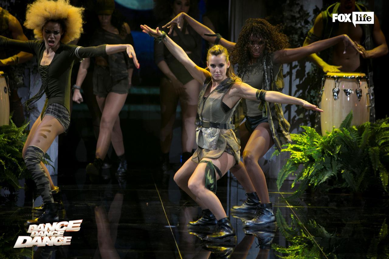 Tania al Dance Off di Dance Dance Dance