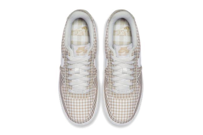 Nike Air Force 1 a quadretti bianchi e beige