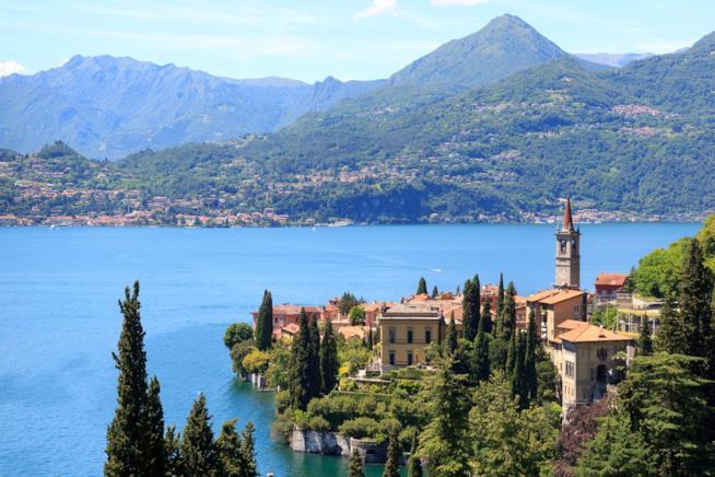 Lago di Como, scorcio di Varenna.