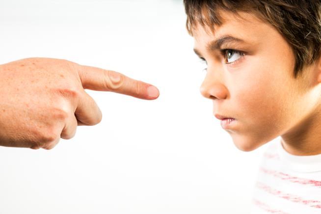 Vita da genitori: evitate di etichettare i vostri figli