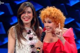 Virginia Raffaele, Claudio Baglioni e Claudio Bisio sul palco di Sanremo 2019