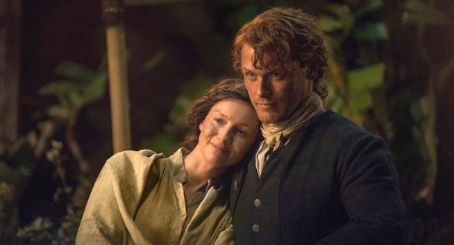 Caitriona Balfe e Sam Heughan in Outlander