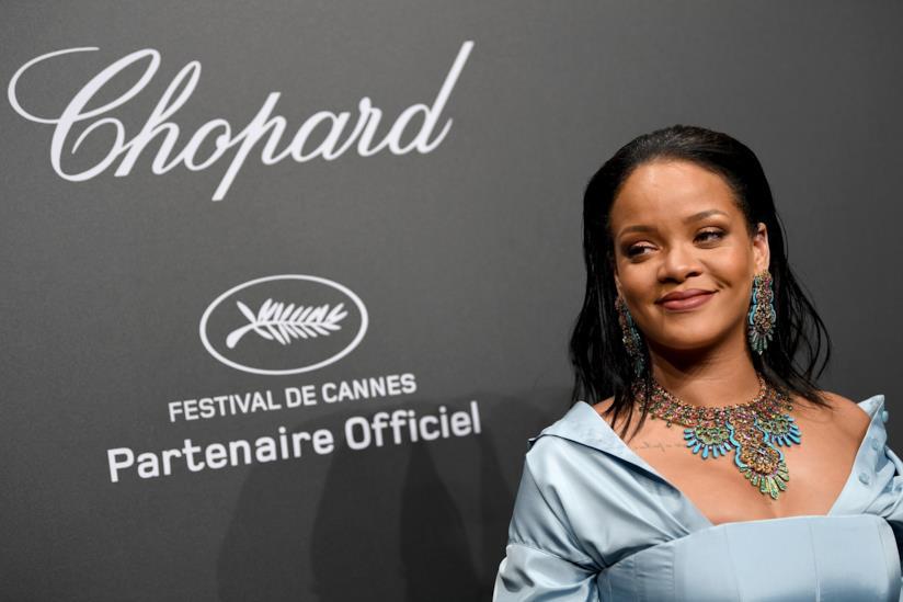 Rihanna sfoggia un gioiello Chopard
