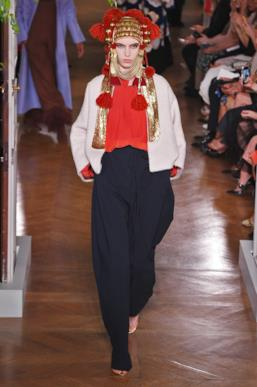 Sfilata VALENTINO Collezione Alta moda Autunno Inverno 19/20 Parigi - ISI_3655