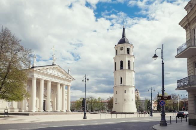 La neoclassica Cattedrale di Vilnius