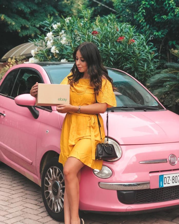 Ilaria Scalera e la 500 rosa