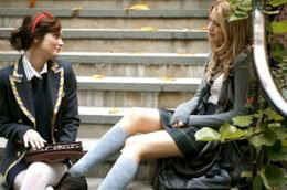 Blair Waldorf e Serena van der Woodsen in Gossip Girl