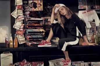 La gallery di Cara Delevingne testimonial di Basket Heart