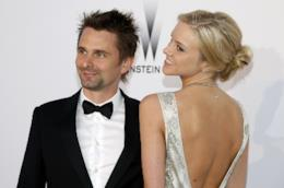 Matt Bellamy con la fidanzata Elle Evans