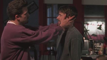 Il bacio tra Ben Affleck e Jason Lee