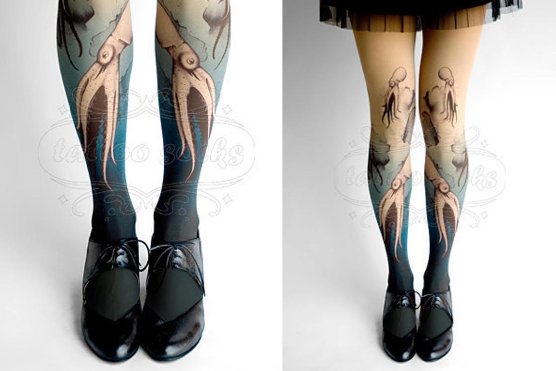 il più votato a buon mercato nuovo arrivo seleziona per ufficiale Ecco le calze tattoo, che simulano veri tatuaggi