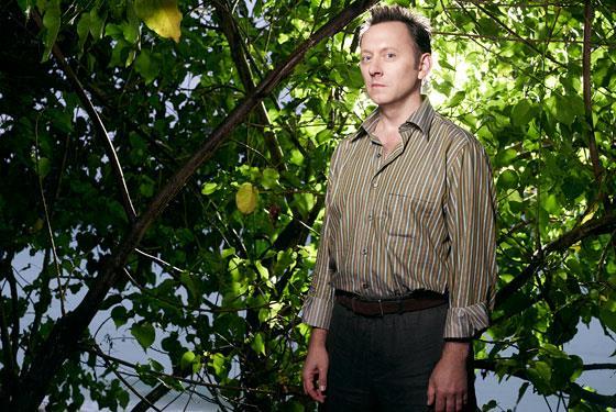 Benjamin Linus, interpretato da Michael Emerson, è uno dei personaggi più enigmatici di Lost