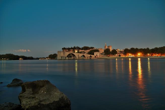 Suggestiva vista di Avignone