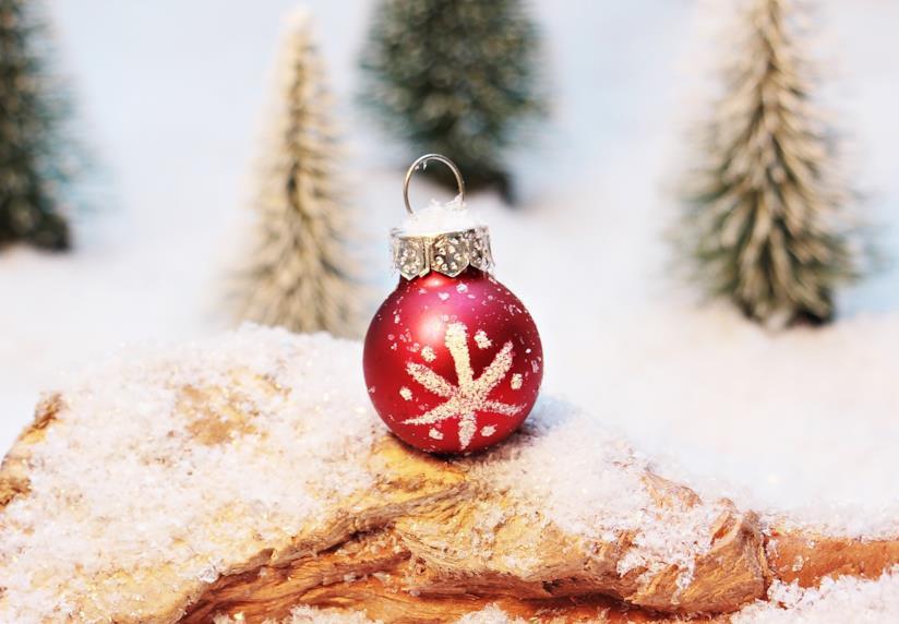Neve artificiale per l'albero di Natale