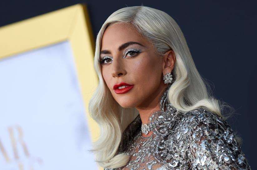 I capelli biondi di Lady Gaga