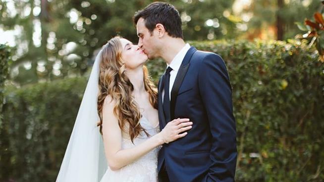 Danielle Panabaker e Hayes Robbins sposi