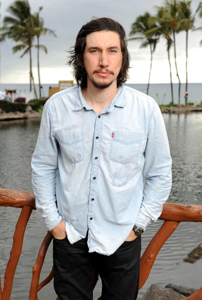 Adam Driver al lago