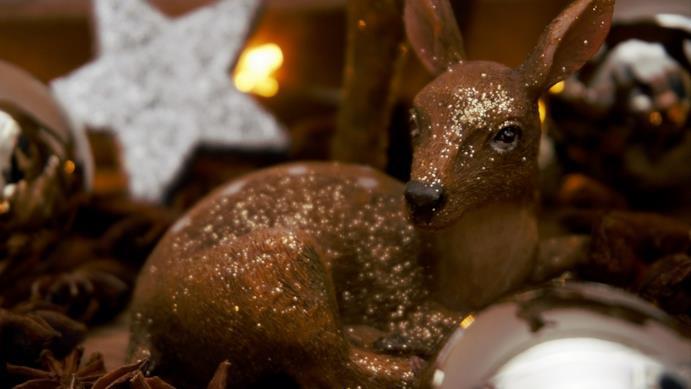 Una guida per scegliere gli addobbi di Natale di design migliori per rendere la casa speciale
