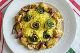 Riso giallo con carne e verdura