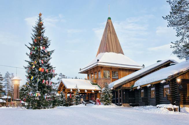 Villaggio di Babbo Natale a Rovaniemi in Finlandia