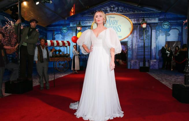 Emily Blunt sul red carpet di Mary Poppins