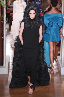 Sfilata VALENTINO Collezione Alta moda Autunno Inverno 19/20 Parigi - ISI_3940